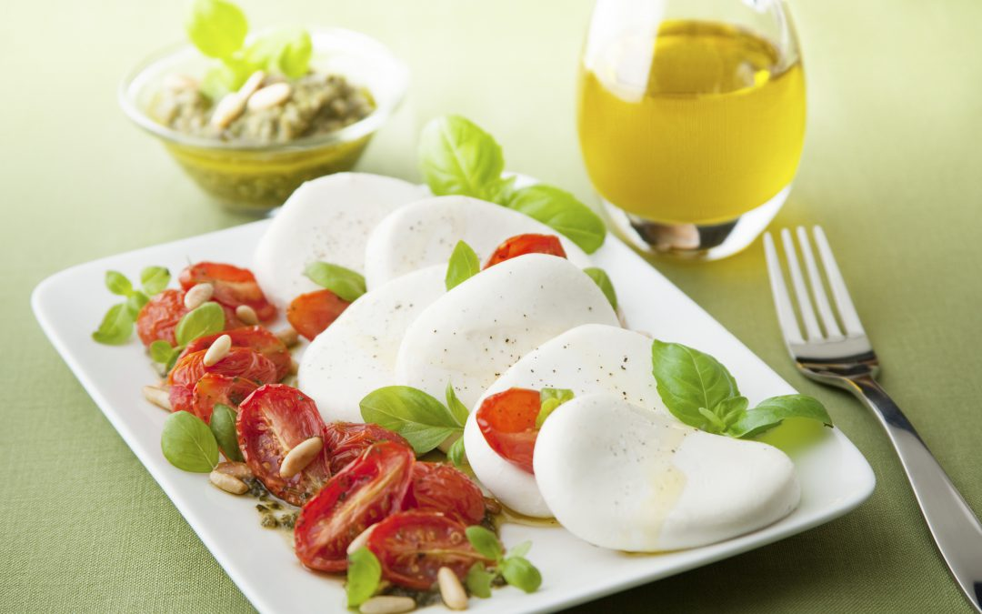 Fresh Mozzarella and Dry Tomato Salad