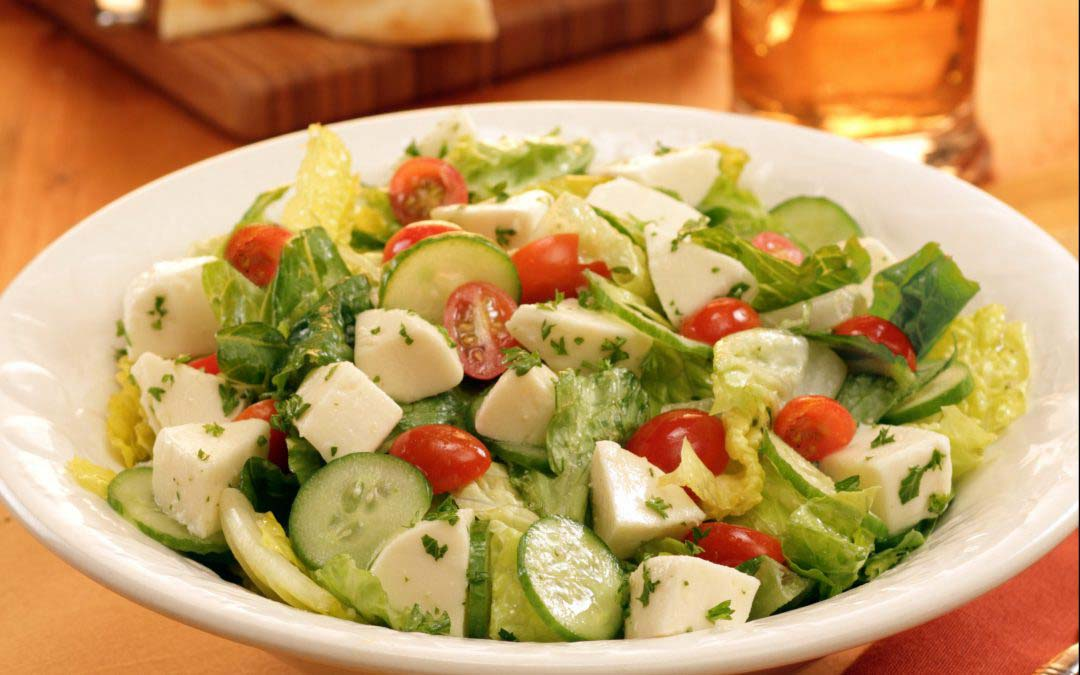 Fresh Romaine Salad