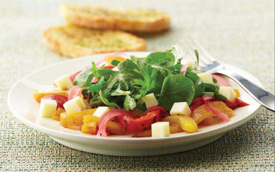 Mozzarella, Roasted Pepper, and Arugula Salad