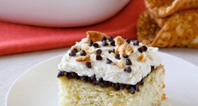 Cannoli Poke Cake - Galbani Cheese