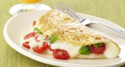 Caprese Egg White Omelet - Galbani Cheese