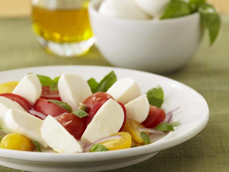 Caprini Salad with Fresh Mozzarella - Galbani Cheese