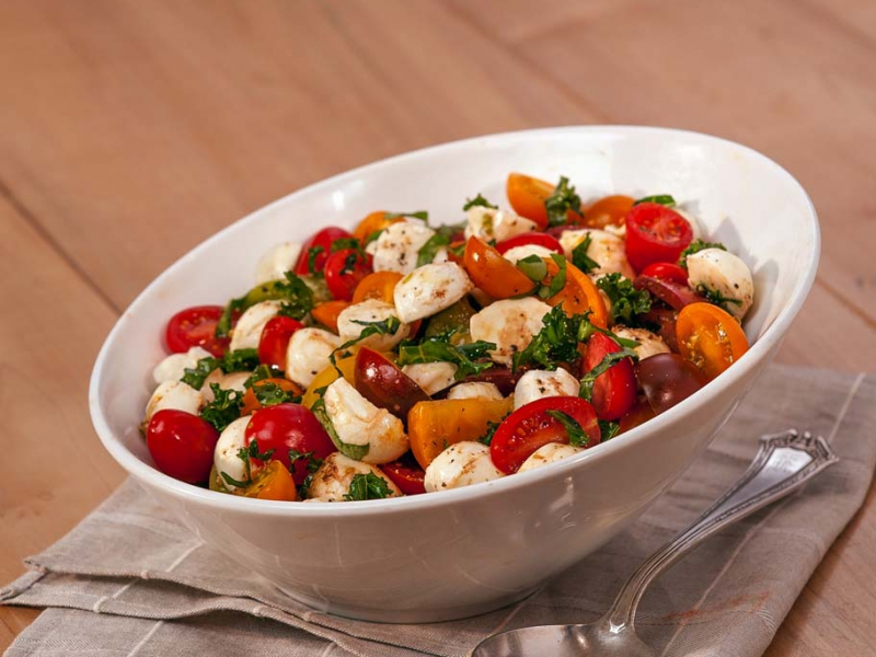 Fresh Mozzarella Heirloom Tomato Salad - Galbani Cheese
