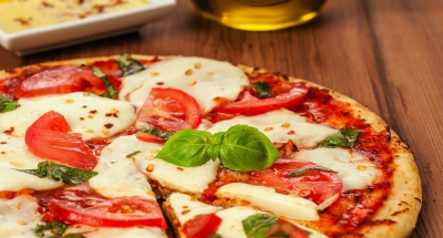 Fresh Mozzarella Margherita Pizza - Galbani Cheese