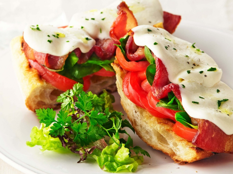 Bacon and Balsamic Caprese Grillbread - Galbani Cheese