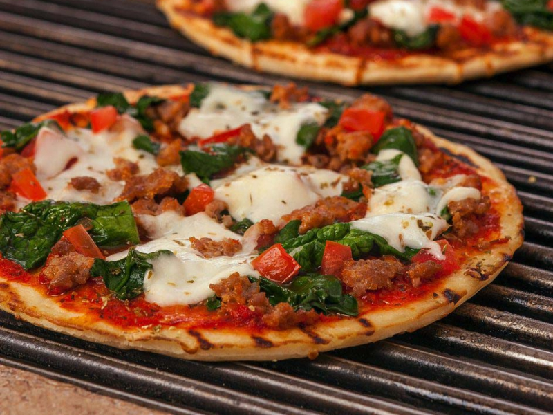 Italian Grilled Pizza with Fresh Mozzarella - Galbani Cheese
