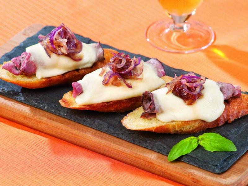 Steak and Cheese Crostini - Galbani Cheese