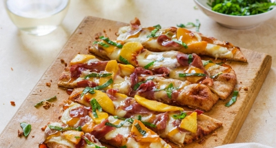 Mozzarella Peach Prosciutto Flatbread Pizza - Galbani Cheese