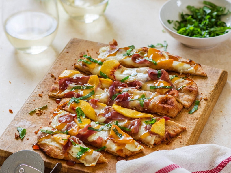 Mozzarella Peach Prosciutto Flatbread Pizza - Galbani Cheese