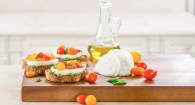 Fresh Mozzarella Grilled Crostini - Galbani Cheese