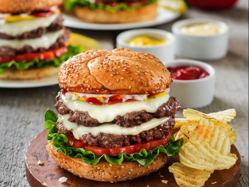 Classic Smash Burger - Galbani Cheese