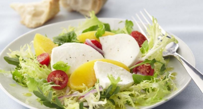 Red Haven Peach & Caprese Salad - Galbani Cheese