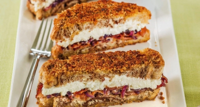 Breakfast Ricotta Granola Crumble Grilled Cheese - Galbani Cheese