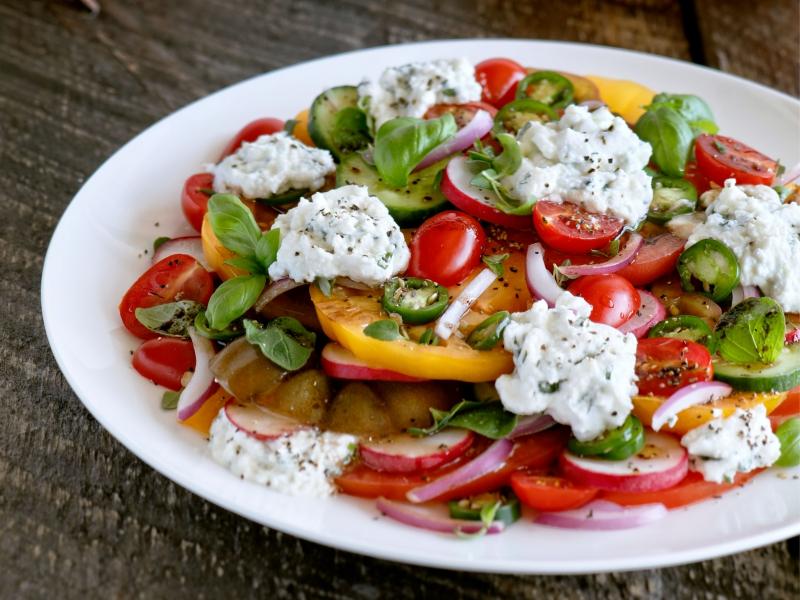 Heirloom Tomato Salad with Ricotta & Balsamic - Galbani Cheese