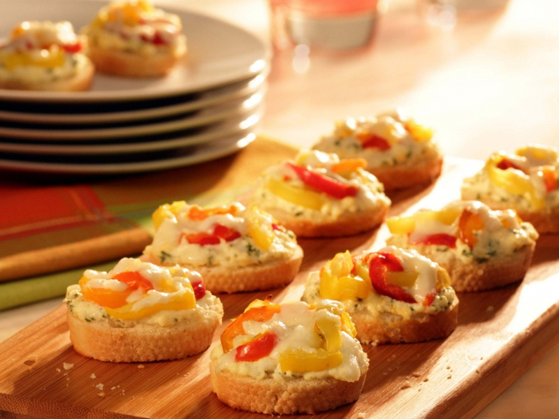 Unstuffed Hot Pepper Crostini - Galbani Cheese