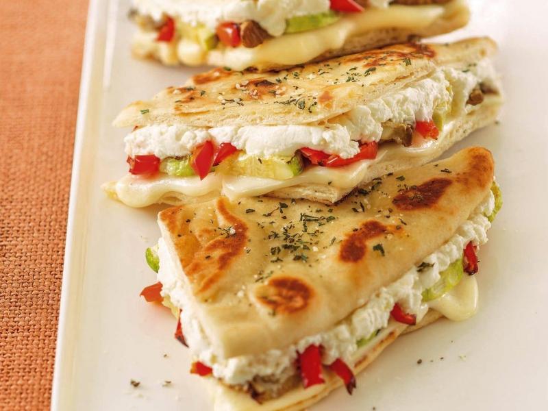Veggie Pizza Grilled Cheese - Galbani Cheese